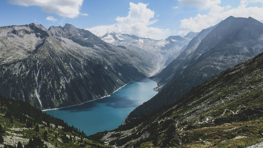 🇦🇹 Feels good to be lost in the right direction. Beauty In Nature Cloud Cloud - Sky Extreme Terrain Geology High Angle View Idyllic Lake Majestic Mountain Mountain Range Nature Non-urban Scene Outdoors Physical Geography Remote River Scenics Sky Tourism Tranquil Scene Tranquility Travel Destinations Valley Water