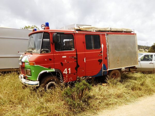 Accidents And Disasters Rescue Emergency Services Occupation Firefighter Fire Engine Red Outdoors Sky Day People Wohnmobil Autocaravana Motorhome Life Motorhome Motorhomes Motorhome For Life Land Vehicle Mobilehome Mode Of Transport