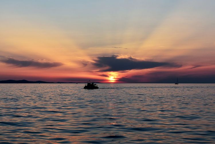 Croatia Zadar Zadar Sunset Landscape Sky Water Lifesabeach  Skylovers Skyhunters Boat View Atardecer Coucherdesoleil Natureatherfinest Beauty In Nature No People Travel Travelingishappiness Viajareslauniversidaddelavida Skyporn Sommergefühle