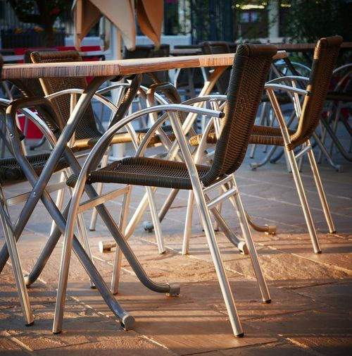 Outdoor restaurant chairs and tables France Restaurant Table Chairs Outdoor Restaurant Terrace