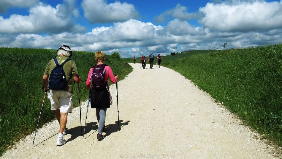 BuenCamino CaminodeSantiago Piligrim Pelegrinos Beautiful Life Women Togetherness Men Rural Scene Full Length Walking Agriculture Field Backpack Sky Hiking Trail Adventure Friend Cloudscape