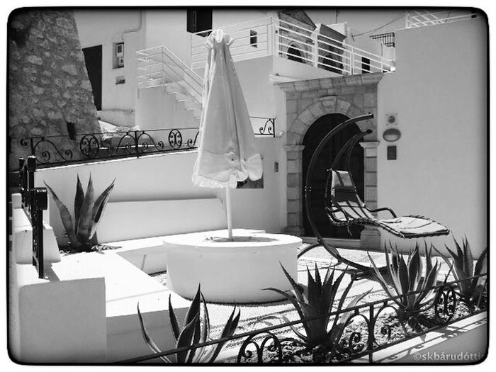 Streetphotography Black & White Greece Eye4photography