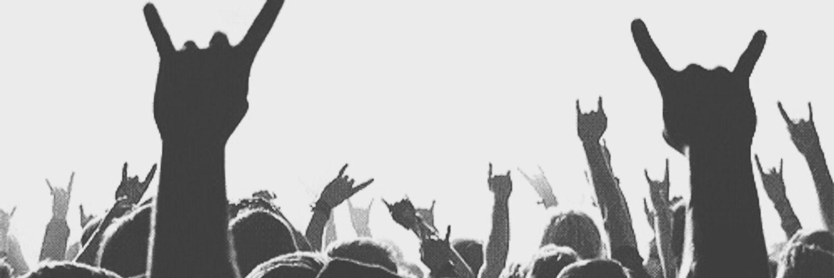 ?. Moshpit Concert