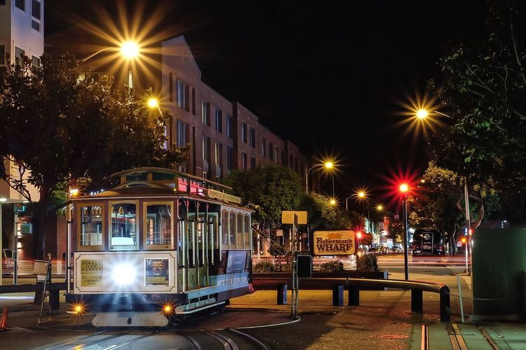San Francisco San Francisco, California Tram San Francisco CA🇺🇸 San Fransisco Tram Turning Point Starburst Long Exposure Streetphotography Street City City Life Tram Stop Tram Station  SAN FRAN September 2017 Night Illuminated Transportation Mode Of Transport Light Beam Street Light Architecture Fisherman's Wharf Fishermanswharf Lost In The Landscape Connected By Travel