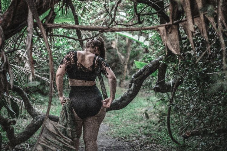 """NATURE FEELS"" EyeEm Best Shots Market Eyeem Market EyeEm EyeEm Selects EyeEm Gallery EyeEm Nature Lover Fashion EyeEm ready Eyemphotos Portrait Photography Outside Photography People Watching Fashion Model Portrait Of A Woman Portrait Tree Branch Day Growth Outdoors Nature Real People Tree Trunk One Person Standing Forest Beauty In Nature People Young Adult Press For Progress Stories From The City California Dreamin This Is My Skin The Great Outdoors - 2018 EyeEm Awards The Fashion Photographer - 2018 EyeEm Awards A New Beginning Capture Tomorrow A New Perspective On Life Human Connection Springtime Decadence My Best Photo The Portraitist - 2019 EyeEm Awards The Minimalist - 2019 EyeEm Awards"