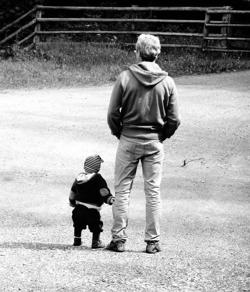 Two People Outdoors Childhood Togetherness Leisure Activity Blackandwhite Blackandwhite Photography Black & White Bonding Bondingmoments Father & Son Fatherandson Childphotography Children Child Outdoor Photography Watching Holding Hands Holding Holdinghands Together Forever Together Togetherforever Live For The Story
