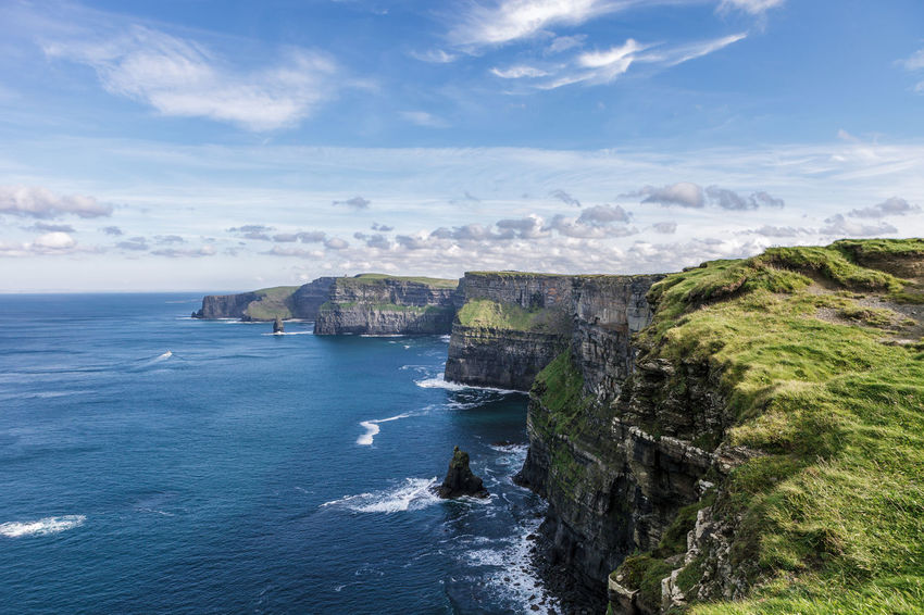 Cliffs of Moher Cliffs Cliffs Of Moher  Doolin Ennis Hiking Ireland Ireland Landscapes Killarney  Killarney National Park Landscape Liscannor Moher Nature Ocean Outdoors Scenic View Tourist Attraction  Travel Destinations Vacation