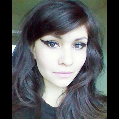Bhbeautyselfie Bhcosmetics CatEye Makeup falsies lagirl pinklips glazedlippaint mua wingedliner