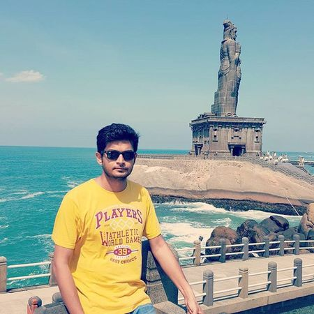 Southerntipofindia Thiruvalluvarstatue Enchantingtamilnadu Incredibleindia VivekanandaRockMemorial Amazing Me Rayban Wayfarer S6photography Beenthere Travel Virendrasinh Mahida