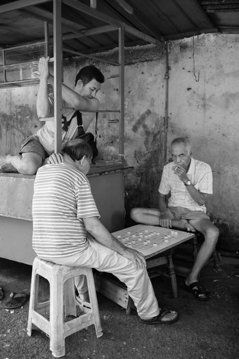 Bentong, Pahang November 6, 2016 Bentong Pahang Black And White Daily Life EyeEm EyeEm Best Shots Eyeem Streetphotography FUJIFILM X100S Mahfuz Jaffar Street Life Street Life Architecture Street Photographer-2016 Eyem Awards Street Photography Street Portrait Wet Market