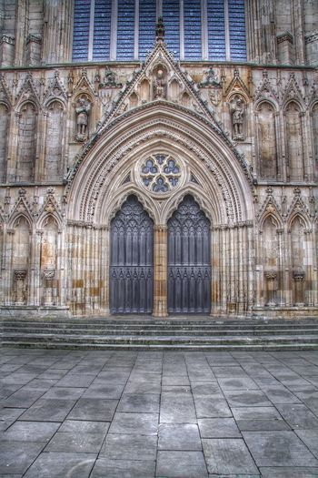 Church Churches Cathedral Doors Wooden Door Entrance Stone Ornate Religion Worship York Minster  Minster York