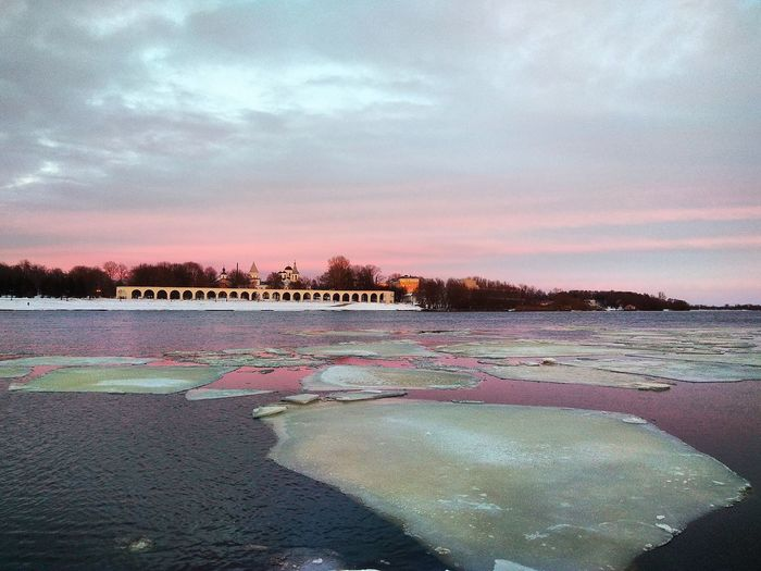 Великий Новгород вид на Ярославо дворище и торговую сторону Veliky Novgorod Novgorod NovgorodtheGreat Landscape Ice River View Sunset Water Star - Space Sunset Sky Ice Crystal