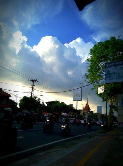 Senjakala berhala. Taking Photos Hello World Enjoying Life Hi! Blue Sky Clouds Wonderfull Bali Island Denpasar INDONESIA Thirteen Thats My Name Salatiga0298