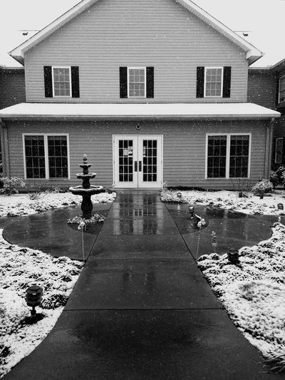 Christmas Snow 2017 Christmas Blanketofsnow Blackandwhite Photography Falling Snowflakes Snow Residential Building Water Window Day Outdoors Sky