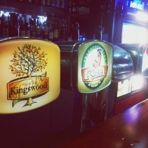 Cider Kingswood Chilling Party