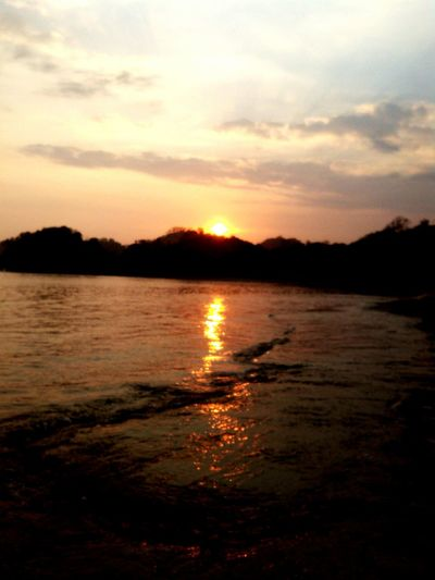 a sunset today from south malang Enjoying The Sun Relaxing Enjoying The Sunset Beach Taking Photos