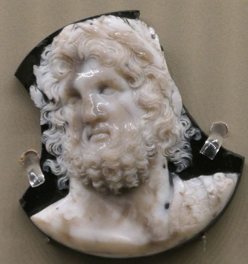 Zeus Museo Correr Human Representation Art And Craft Ancient Art Ancient Jewels Giove