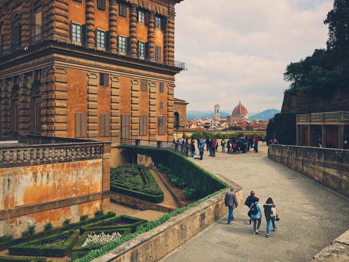 Tourists outside pitti palace
