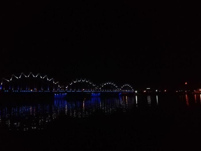 Whitenight Rigacityatnight Water Dark Reflection Suspension Bridge