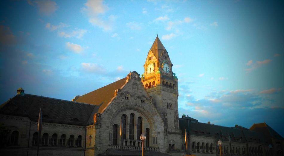 Time to go Train Station Blue Sky Taking Photos Clock Metz, France Good Morning Sunshine