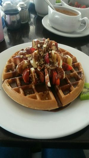 Breakfast Waffle Banana Strawberries Eat Food Delicius Comida Desayunos Delicious Food