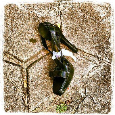 I'm @ onde a Cinderela perdeu o sapato que não é de cristal.