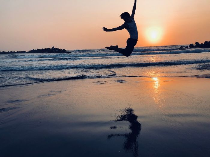水中跳躍 Sky Water