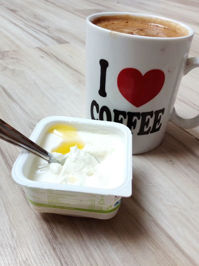 Snack Coffe Coffee Ilovecoffee Jogurt Snack Anorexiarecovery Dessert Frothy Drink Ready-to-eat Indoors  Day No People