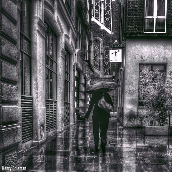 """Keep Moving, Keep Believing"" London London_only Londonpop Udog_edit Ig_europe Global_stars Ig_photolove Igerslondon Udog_peopleandplaces Icu_britain Click_london Shootermag_uk The_photographers_emporium Bnw_london Bnw_europe Bnw_globe Udog_bw Bnw_shot Photoflair_bw Bnw_zone Bw_shotz Bnw_city Blacknwhite_uk"