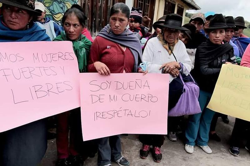 Cartolina da Salinas. Diadelamujer 8marzo Unacartolinalgiorno Ecuador Mujer Salinas Luchar Derechos Marcha Mujeres