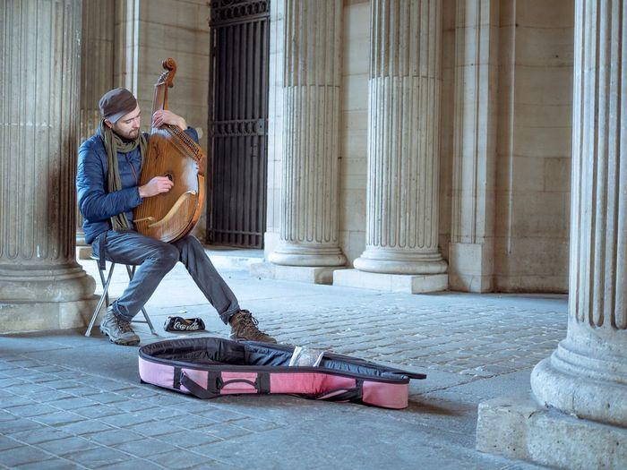 Louvre Mature Adult Outdoors I Love My City EyeEmBestPics Capture The Moment EyeEm Gallery EyeEm Best Shots Outdoor Photography Paris, France  The Changing City Париж музыкант Musicien