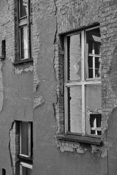 Architecture Berlin Building Exterior Built Structure City Day Fenster Friedrichshain House No People Old Buildings Outdoors S/w Trzoska Window