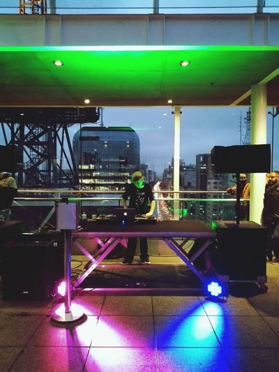 Mirante do Sesc Turntablism Turntables Dj Set Mash Mashups Djculture Rooftop Rooftopview Avenida Paulista Sao Paulo - Brazil Djnuts Illuminated Popular Music Concert Music Microphone Stand Microphone Drum Kit Stage Light Musical Equipment Stage Stage - Performance Space Drumstick