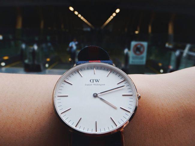 Timeless piece EEA3 - Singapore Dof-EEA3SG Singapore Watch OpenEdit The Traveler - 2015 EyeEm Awards Time Timeless Open Edit