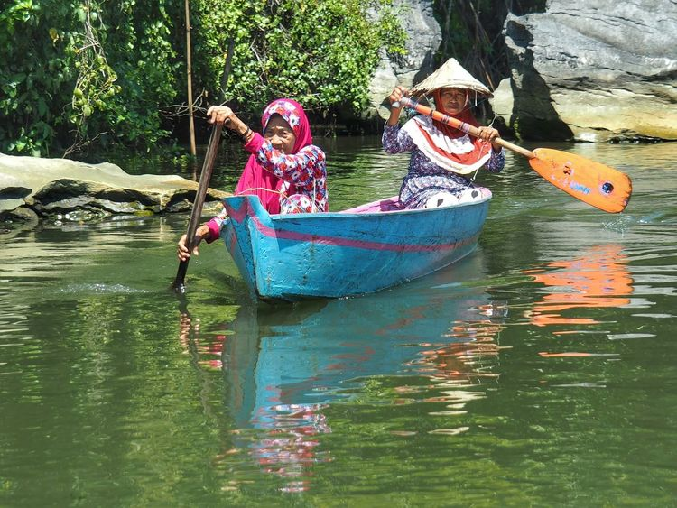 2 Old Ladies are Rowingtheir Boat Boats Paddle Boats Row Travel Make A Living People People Photography