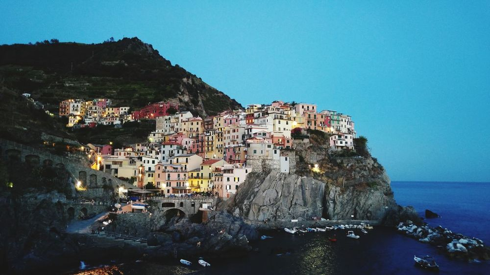 Cinqueterre Cinqueterreitaly Cinqueterre Manarola Cinqueterre Notte Liguria Liguria,Italy Manarola Manarola, Cinqueterre Manarola, Manarola Italy Sea Town Mountain Architecture Cityscape Beach Building Exterior Built Structure City The Week On EyeEm Your Ticket To Europe Travel Travel Destinations The Street Photographer - 2017 EyeEm Awards EyeEmNewHere