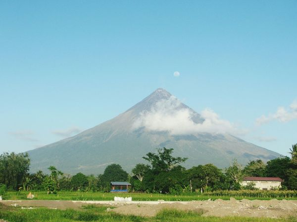 Perfect cone ? Mt. Mayon Wowphilippines Nature Volcano Scenery