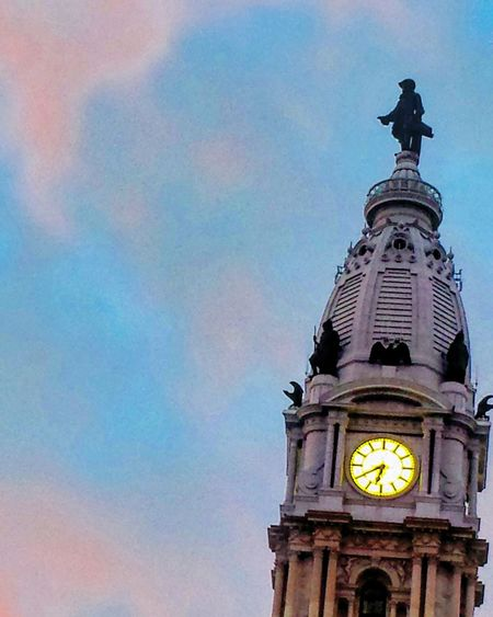 Billy Penn hanging out in cotton candy clouds Philadelphia Philly Williampenn Cottoncandy Cottoncandysky Beautiful Sky Clouds Advertisement