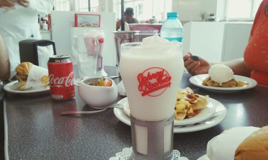 Food And Drink Food Plate Indoors  Ready-to-eat Freshness No People Day Sweet Food Close-up Milkshake Cocacola Johnnyrockets Peña Illuminated Fragility Tourism