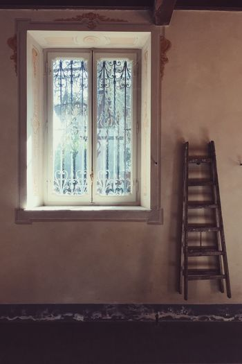 Italy Windowlight Deterioration Sunlight Window Architecture No People Built Structure Indoors  Day Close-up Ladder