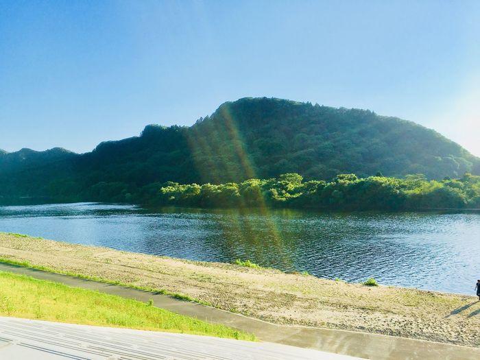 米代川 川沿い 能代市二ツ井 秋田県 米代川 Yoneshiro River Water Sky Beauty In Nature Tranquil Scene Tranquility Plant Scenics - Nature
