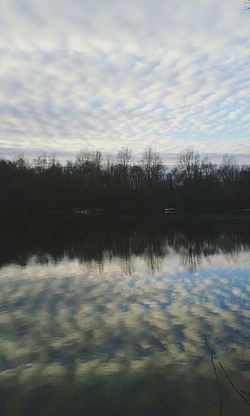 Water Reflection Lake Sky Scenics Outdoors Mirror Image As Above So Below Chemtrails Whatthefuckaretheyspraying GeoEngineering Chemical Sky