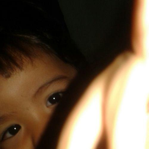 O que importa não é a cor dos olhos, e sim como se olha Olhos