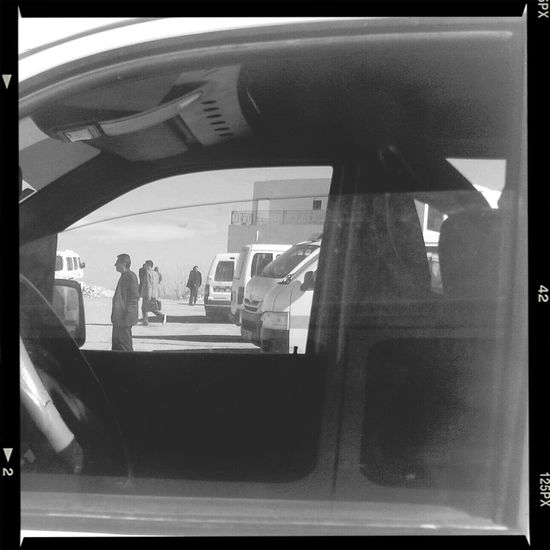 Through the glass. Streetphoto_bw Streetphotography Bw_collection