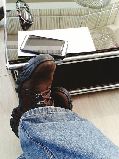 Waitin' @ lobby royal resto n lounge