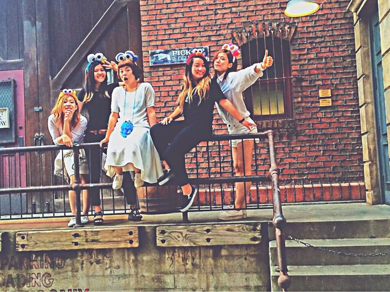 Striking Fashion USJ Blackandwhite Black & White Codenate Friends Girls Sesamestreet