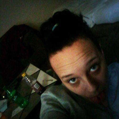 Messy hair bored && nothin to do(: Bored Cute Messy Hair