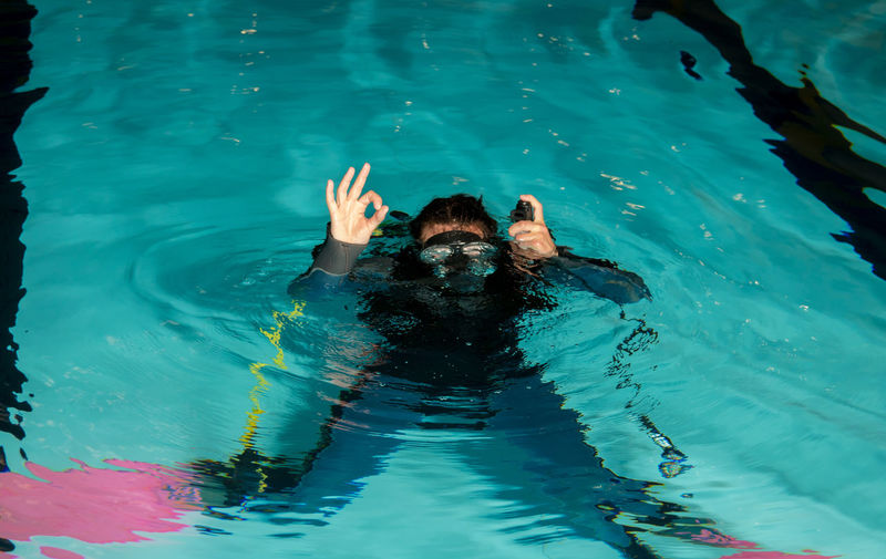 Diving Equipment Instructor Scuba Diving Divingphotography Fins Pool Regulator Scuba Diver Scuba Diving Course Teach Teenage Girls