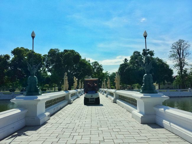 golf carting around the palace || Travel Travels Traveling Travelling Summer Palace Summer Tourist Mode Prathetthai