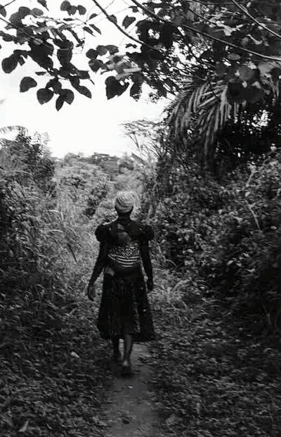 Togo Africa African Africanwoman EyeEm Best Shots - Black + White Black And White Collection  Blackandwhitephotography Blackandwhite Photography Black And White Black&white Black & White Black And White Photography Blackandwhite Photos Nature Farmland West Africa The Following